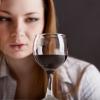 Женский алкоголизм как проблема, требующая профессионального лечения