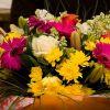 Шикарные букеты из живых цветов от профессиональных флористов