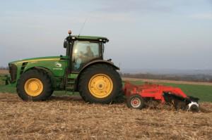 Сельскохозяйственное оборудование высокого качества.