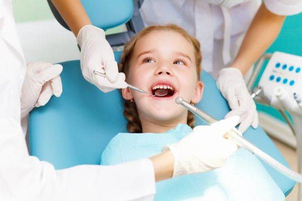 Здоровье детских зубов или что родители могут сделать без врача