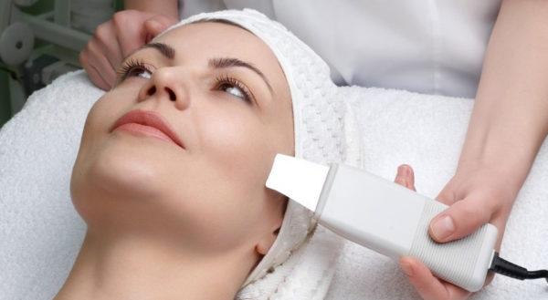 Главные особенности ухода за кожей после ультразвуковой чистки лица.